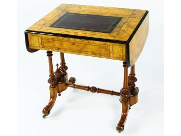 Davenport type Ladies Desk