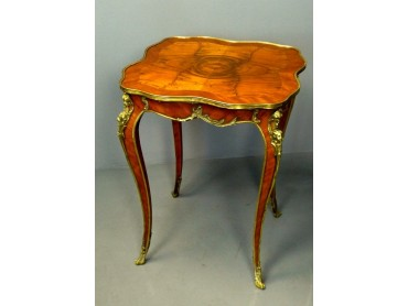 Louis XV style Antique French table - 19th Century