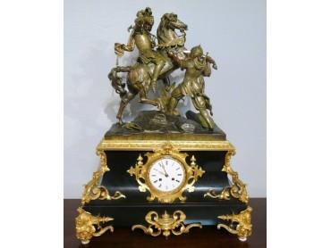 Antique Clock with Sculpture of Battle - Louis Philippe period