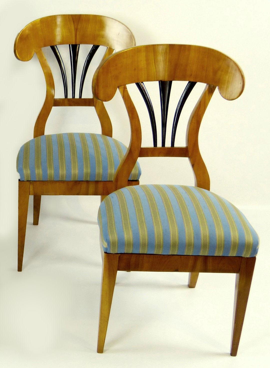 Antique furniture | antique cupboards | antique tables | antique  comfortable | antique chairs | antique bookcases | antique sofas |  Antiquities - Antique Furniture Antique Cupboards Antique Tables Antique
