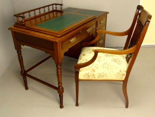 Antique Desk of Small Proportions - Antique Furniture Antique Cupboards Antique Tables Antique